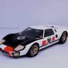 Ford GT40 1/18