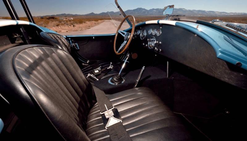 Shelby Cobra GT-Spirit GTS800801 1/18