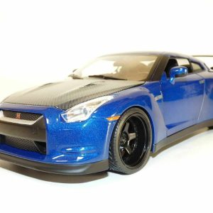 Skyline GTR-R35 1/18
